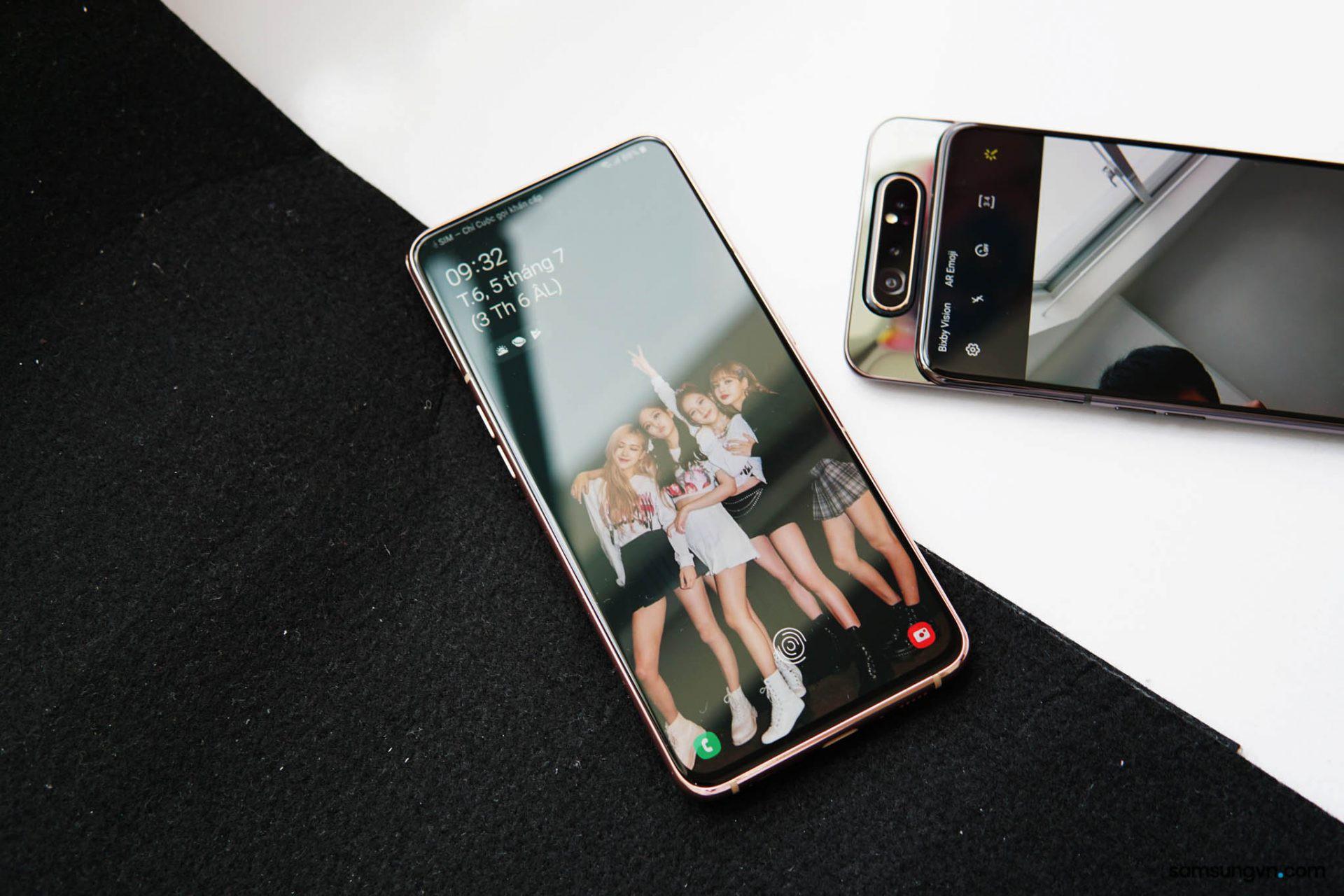 Từ fan BlackPink tới tín đồ sành điệu sẽ ngây ngất trước bộ quà tặng kèm Galaxy A80 - Ảnh 3.