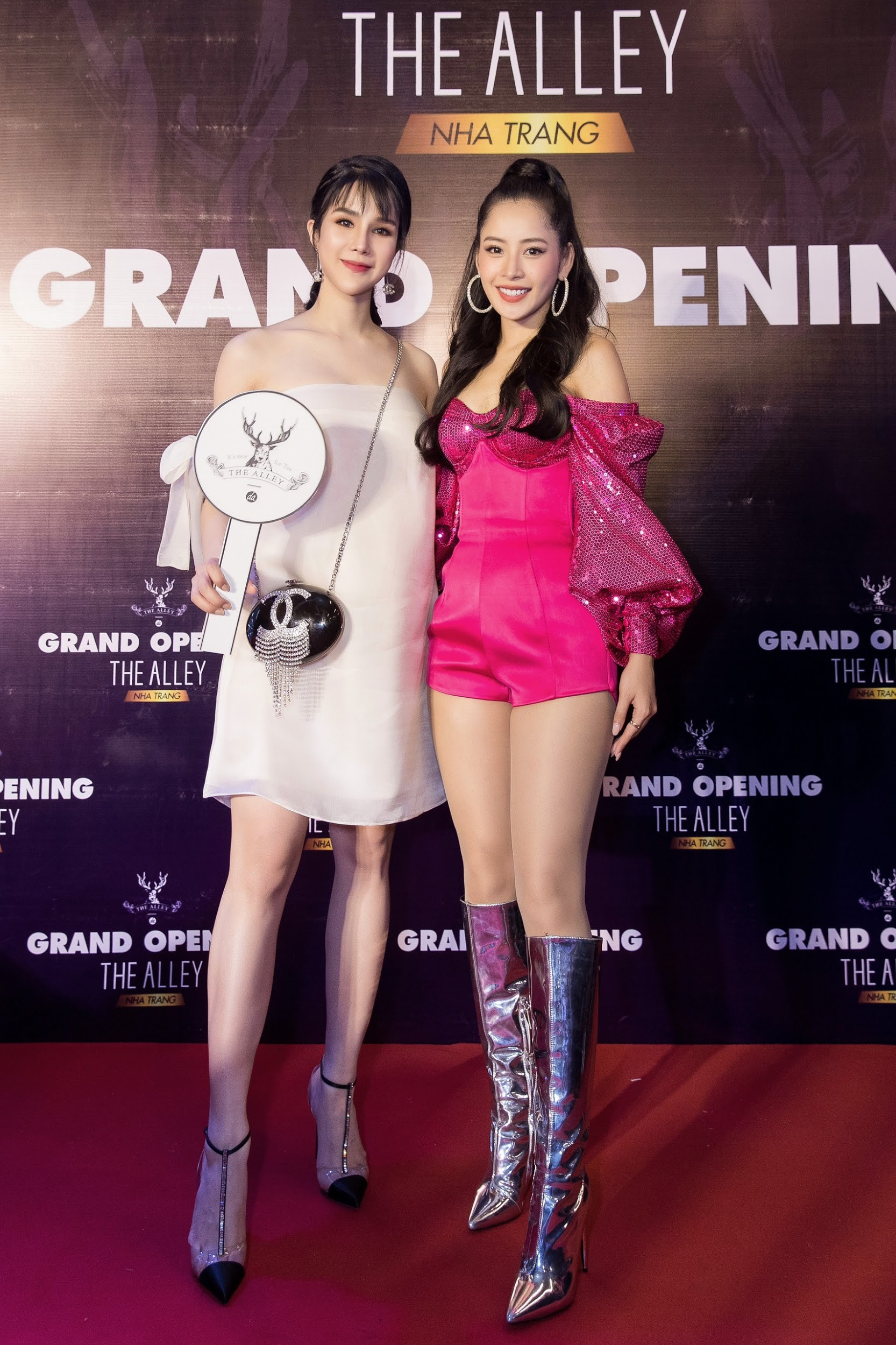 Bà bầu Diệp Lâm Anh tươi tắn đọ sắc với Chi Pu tại sự kiện khai trương The Alley Nha Trang - Ảnh 3.