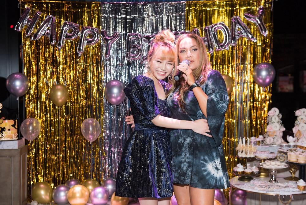 Danh ca Thanh Hà cùng bạn trai góp mặt trong tiệc sinh nhật trò cưng Châu Nhi - Ảnh 2.