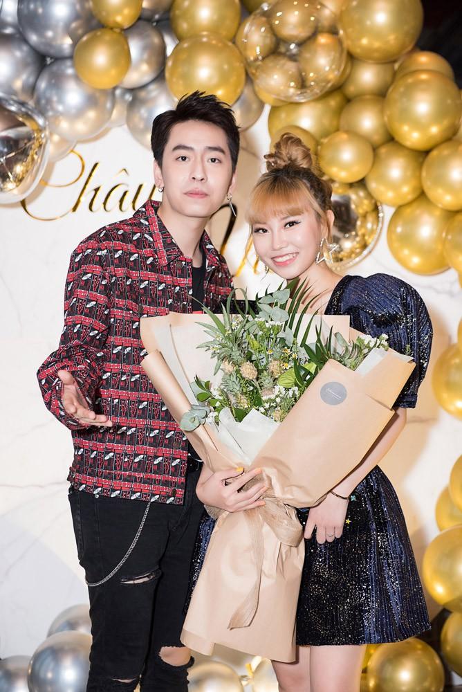 Danh ca Thanh Hà cùng bạn trai góp mặt trong tiệc sinh nhật trò cưng Châu Nhi - Ảnh 5.