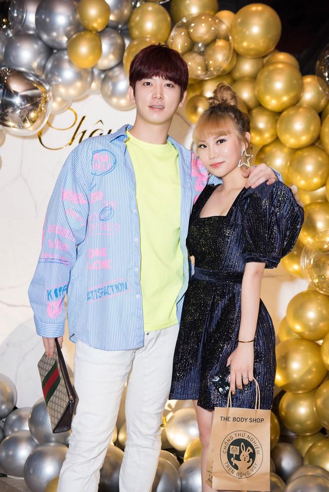 Danh ca Thanh Hà cùng bạn trai góp mặt trong tiệc sinh nhật trò cưng Châu Nhi - Ảnh 7.