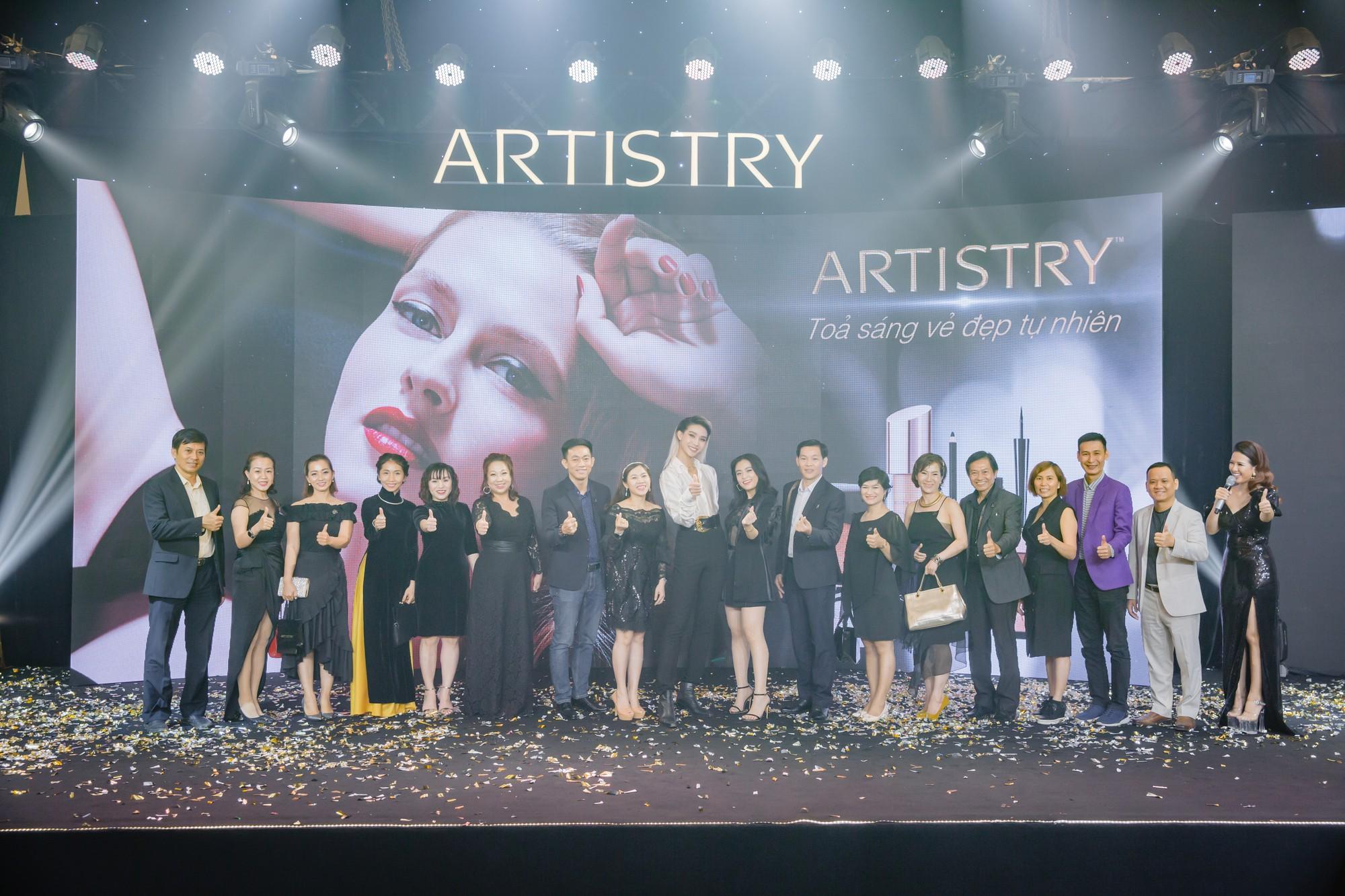 Artistry cùng phụ nữ Việt tỏa sáng vẻ đẹp tự nhiên - Ảnh 3.