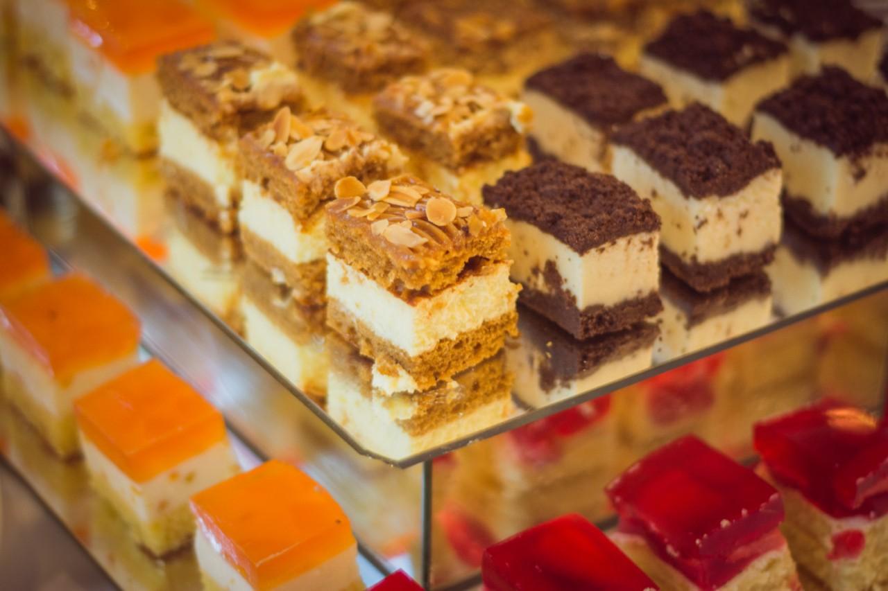 Bánh kem Ái Huê – Không chỉ là sự ngọt ngào - Ảnh 4.