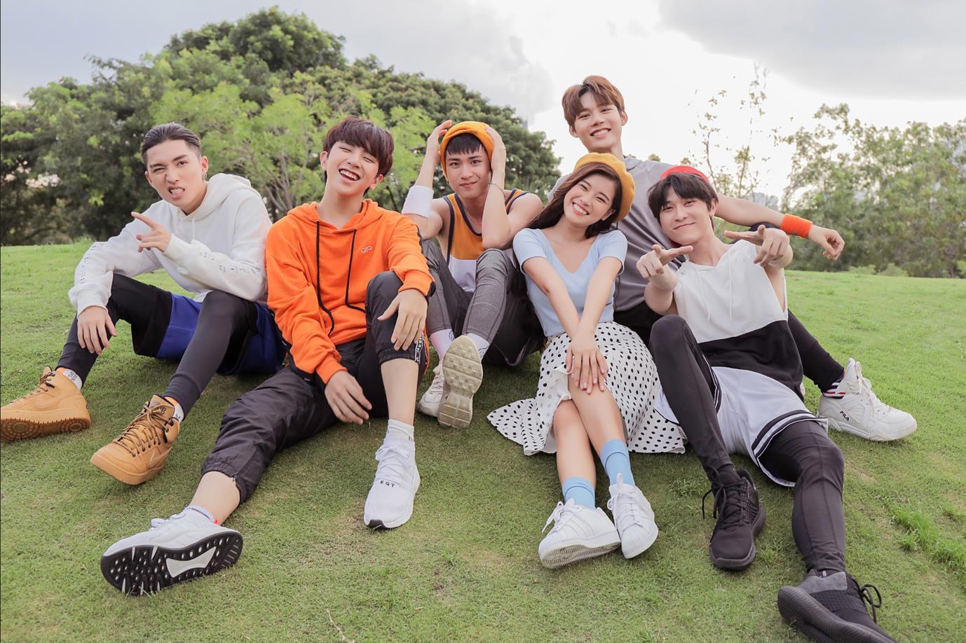 Xót xa cho dàn trai đẹp UNI5 bị Hoàng Yến Chibi trêu trong teaser comeback - Ảnh 4.