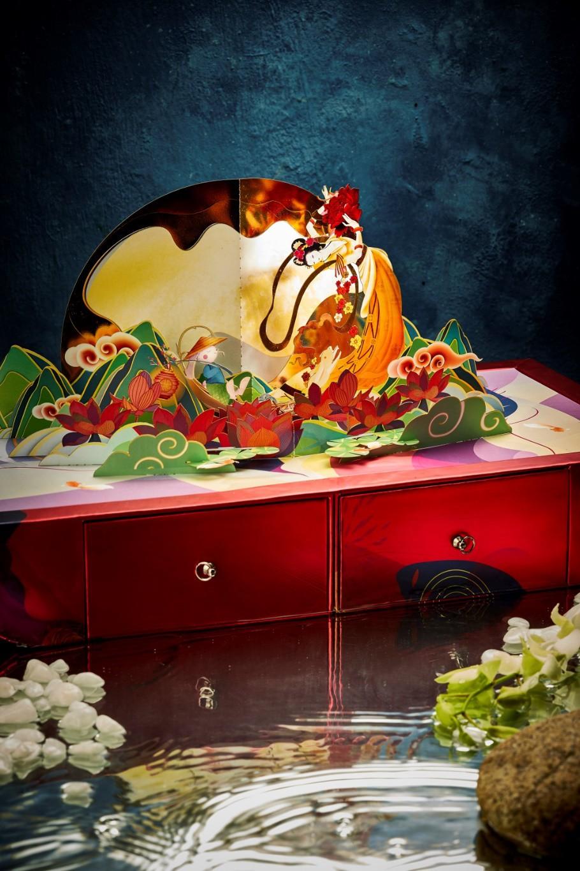 """""""Sốt xình xịch"""" hộp bánh Trung thu Rương Kho Báu siêu hot Tết đoàn viên - Ảnh 6."""