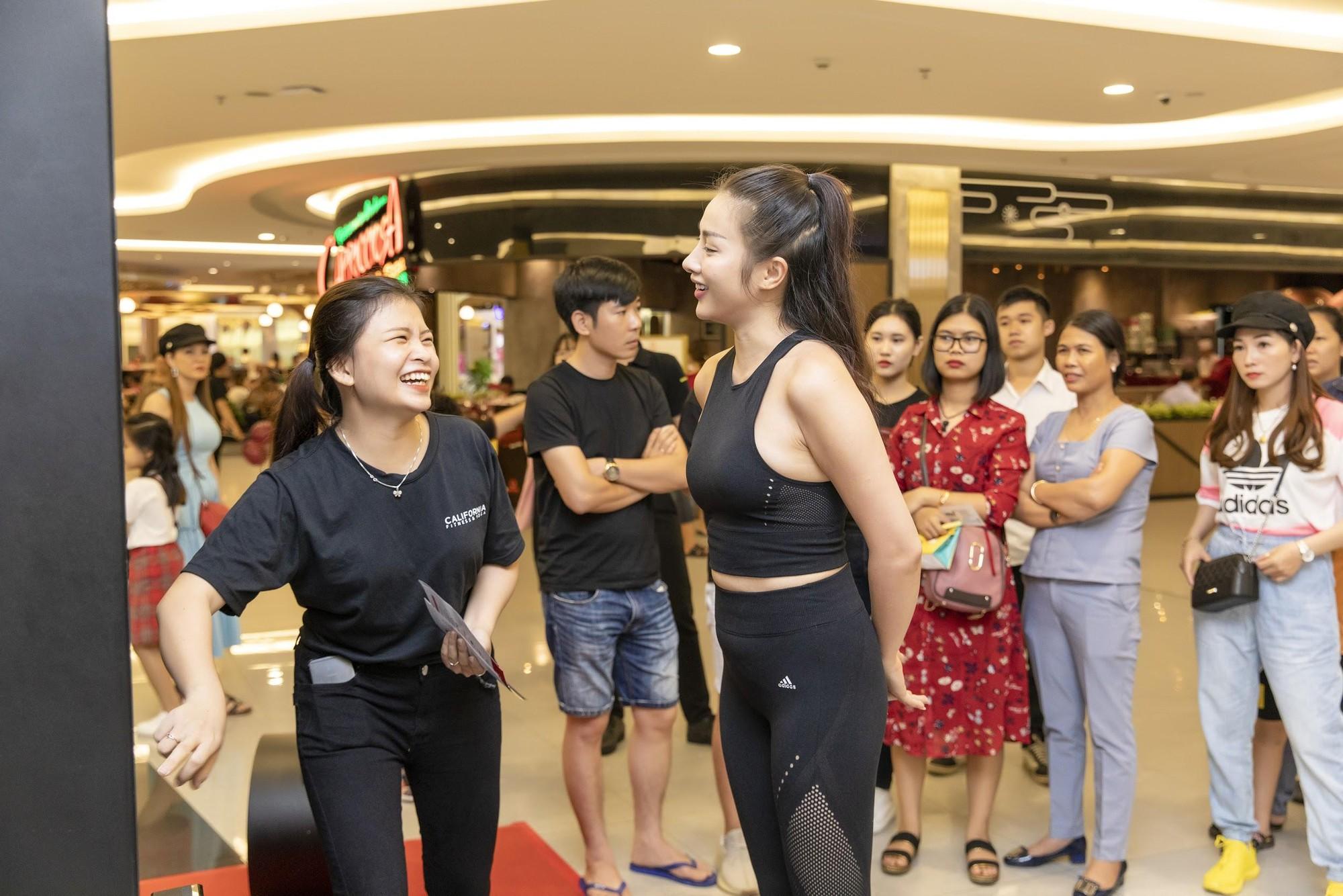 Sao Việt tò mò muốn biết lượng mỡ thừa với máy đo BMI công nghệ cao - Ảnh 1.