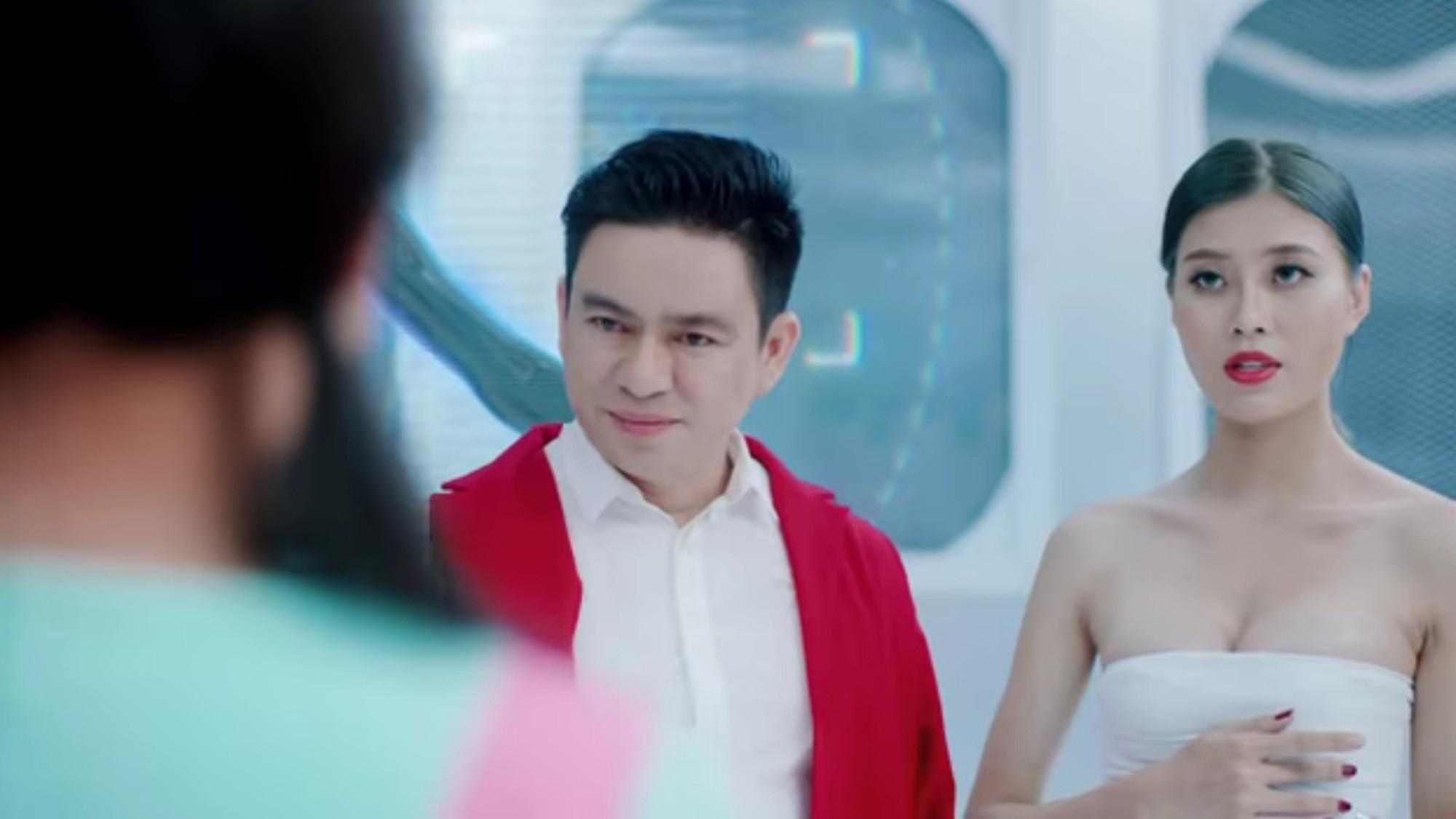 Hồ Ngọc Hà làm y tá cho Bác sĩ Chiêm Quốc Thái trong MV mới - Ảnh 2.
