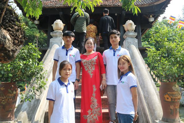 Sinh viên Trường Cao đẳng Quốc tế Hà Nội tự tin bước vào năm học mới - ảnh 2