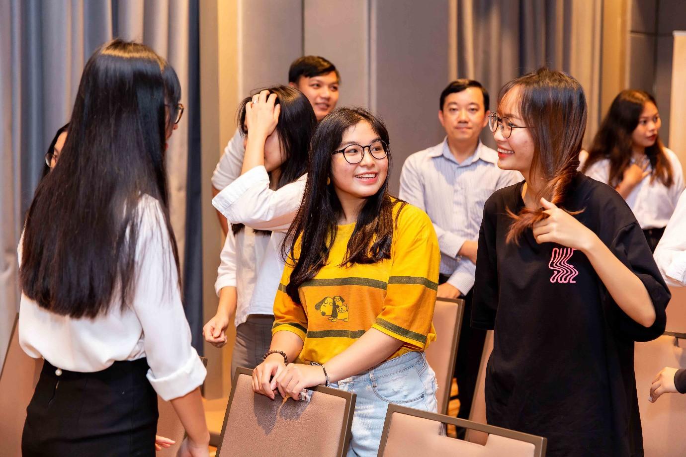 ICAEW tổ chức hội thảo chuyên môn cho học viên với chủ đề Tương lai của tiền tệ và ngành kiểm toán - Ảnh 2.