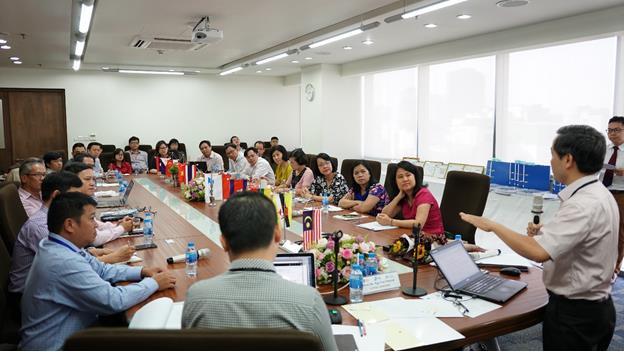 Trường ĐH Hoa Sen thêm 2 chương trình đạt chuẩn kiểm định quốc tế - Ảnh 2.