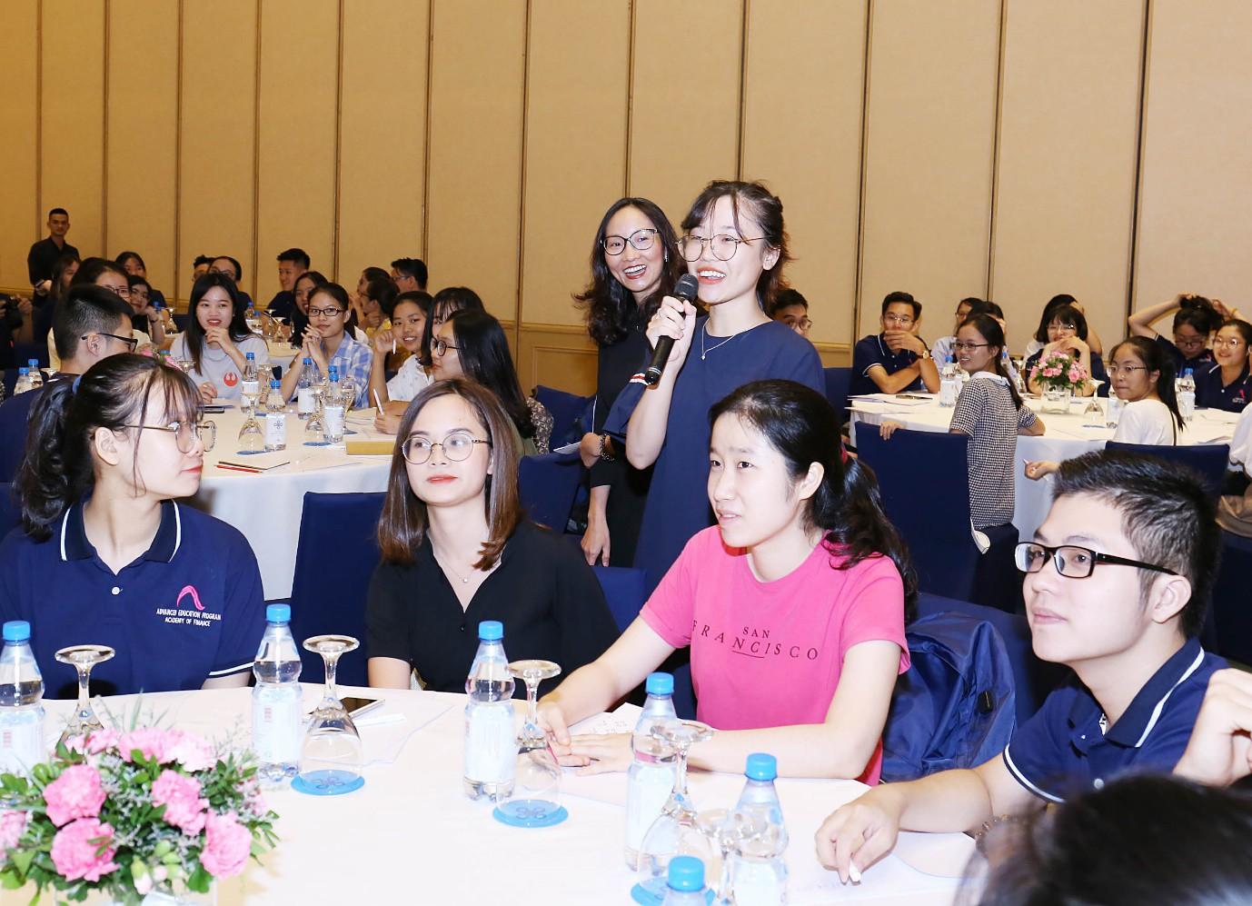 ICAEW tổ chức hội thảo chuyên môn cho học viên với chủ đề Tương lai của tiền tệ và ngành kiểm toán - Ảnh 3.