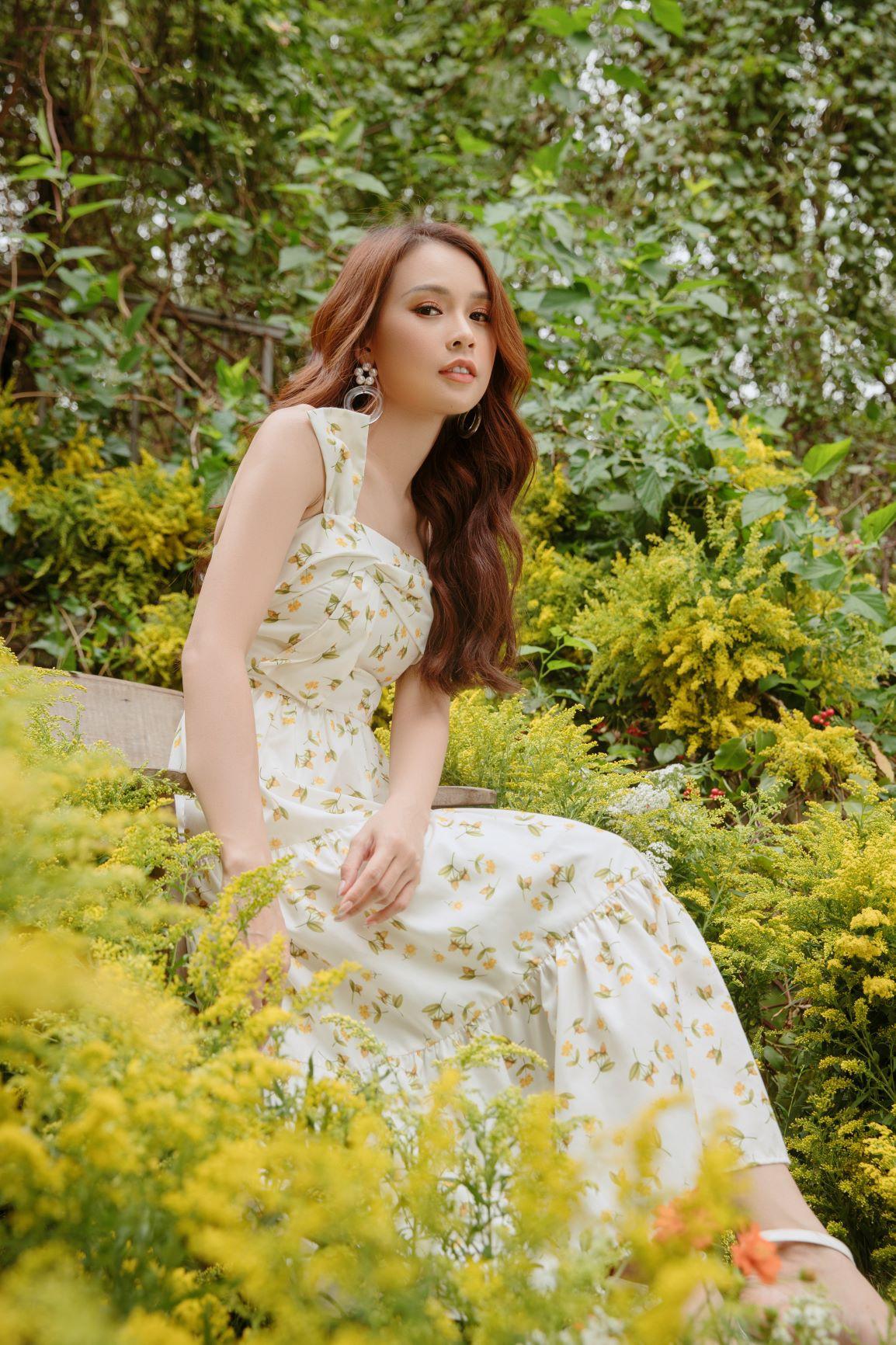 Cùng Sam đón mùa thu dịu dàng bằng những mẫu váy đẹp đến nao lòng - Ảnh 1.