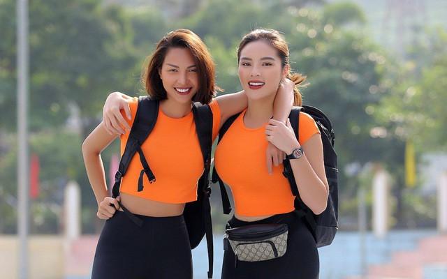 """Kỳ Duyên, Minh Triệu chính thức """"song kiếm hợp bích"""" mặc váy cưới công phá sàn diễn catwalk Hà Nội - Ảnh 1."""