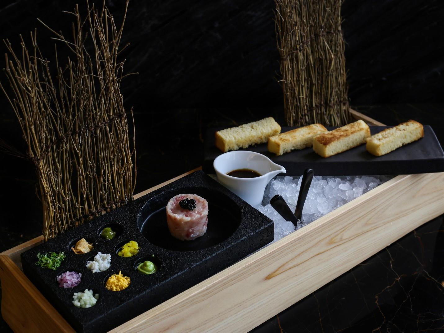 Khám phá ẩm thực Nhật Bản hiện đại trong không gian nghệ thuật đầy màu sắc - Ảnh 10.
