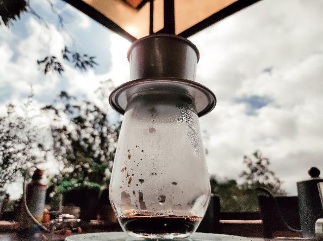 Làm thế nào để pha một ly cafe phin Việt đúng điệu? - Ảnh 13.