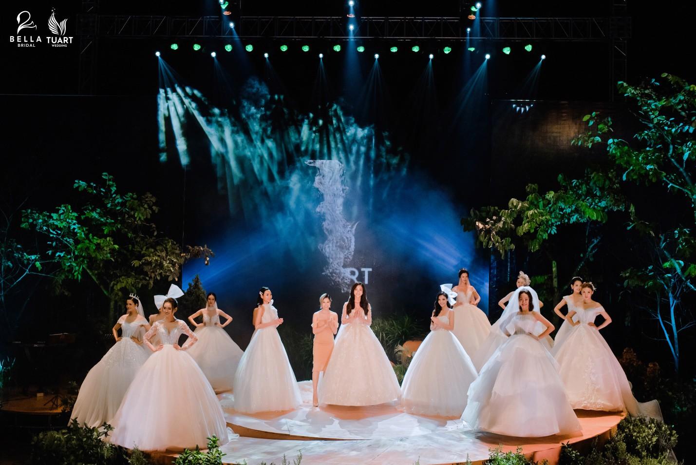 Hoa hậu Thế giới Việt Nam 2019 Lương Thùy Linh kiều diễm trong chiếc váy cưới đính hơn 17 ngàn viên pha lê - Ảnh 3.
