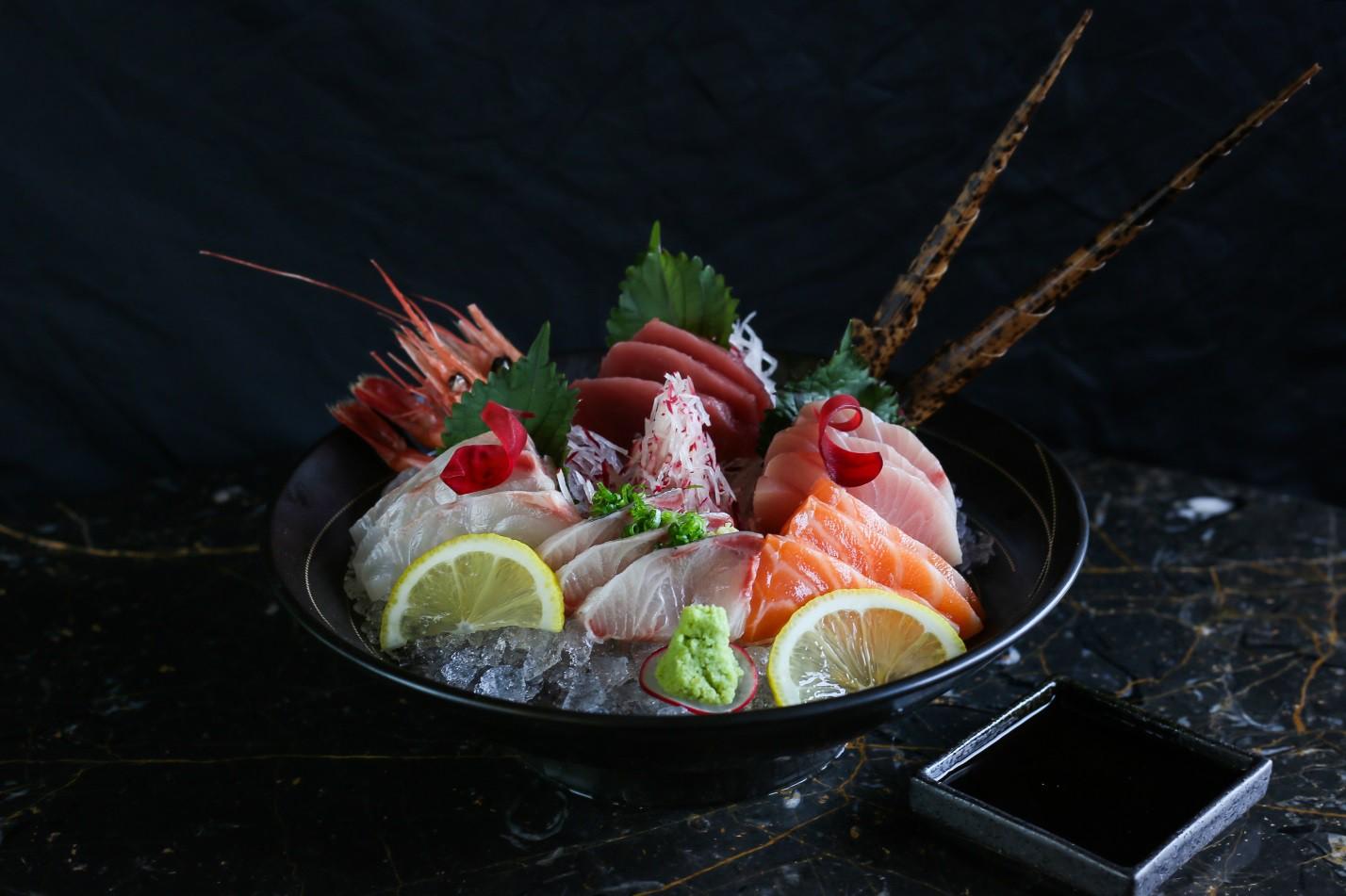 Khám phá ẩm thực Nhật Bản hiện đại trong không gian nghệ thuật đầy màu sắc - Ảnh 12.