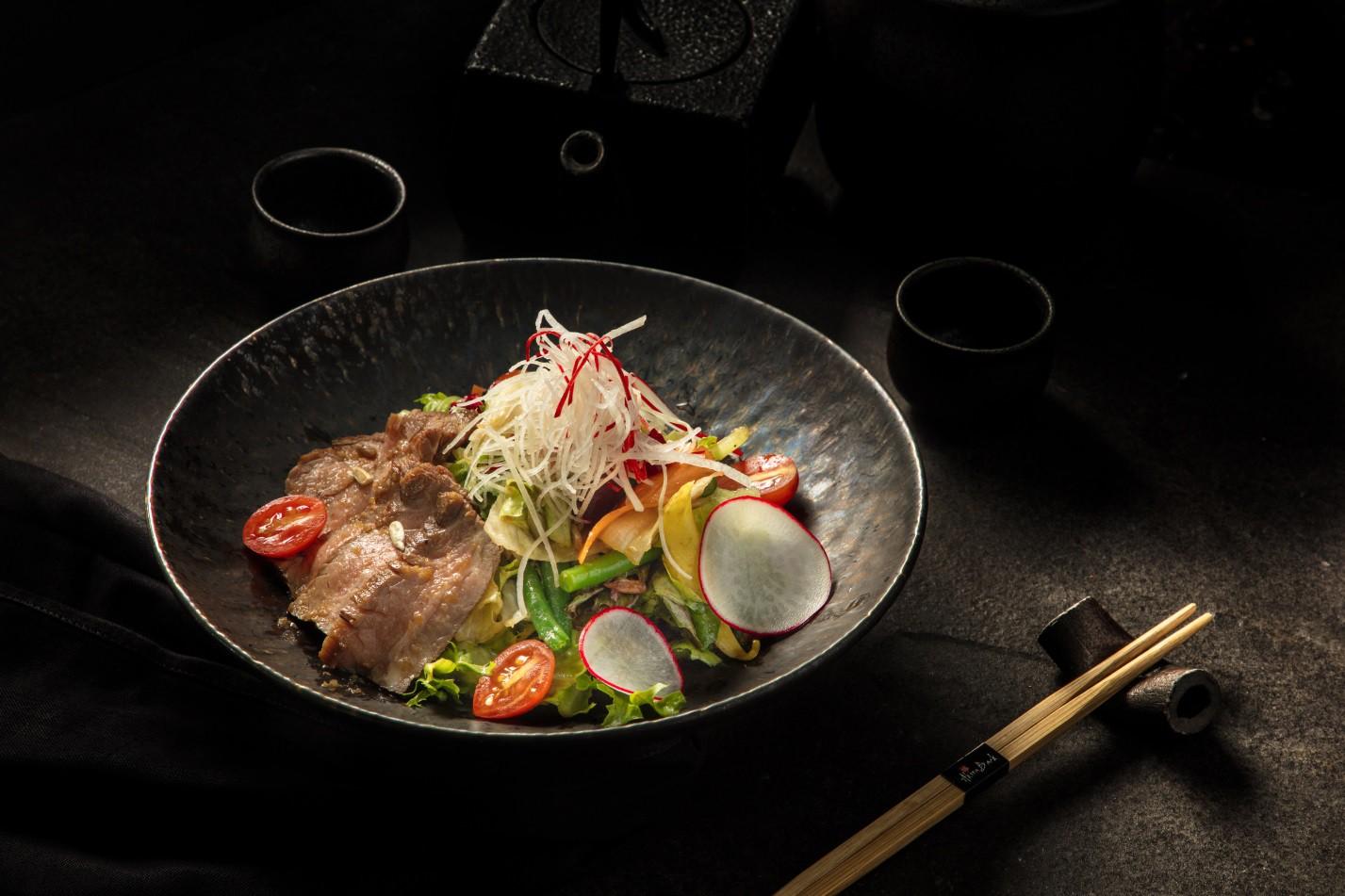 Khám phá ẩm thực Nhật Bản hiện đại trong không gian nghệ thuật đầy màu sắc - Ảnh 13.
