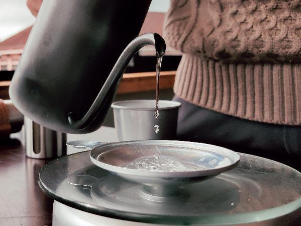 Làm thế nào để pha một ly cafe phin Việt đúng điệu? - Ảnh 8.