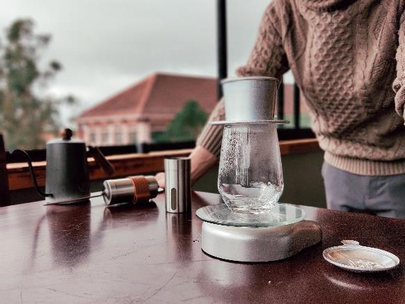 Làm thế nào để pha một ly cafe phin Việt đúng điệu? - Ảnh 10.