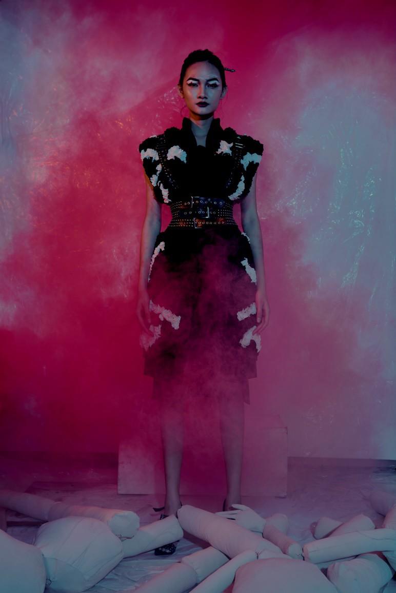 Những thiết kế thời trang cực chất qua câu chuyện của nhà thiết kế trẻ - Ảnh 6.