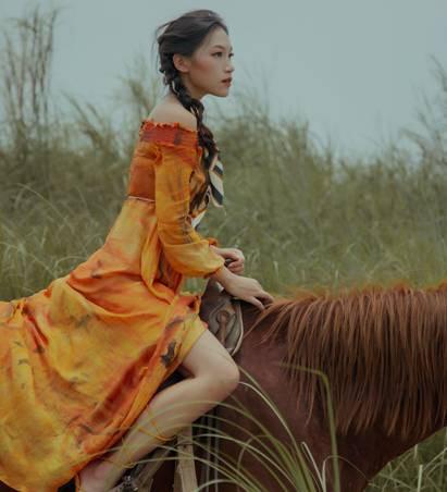 Những thiết kế thời trang cực chất qua câu chuyện của nhà thiết kế trẻ - Ảnh 7.