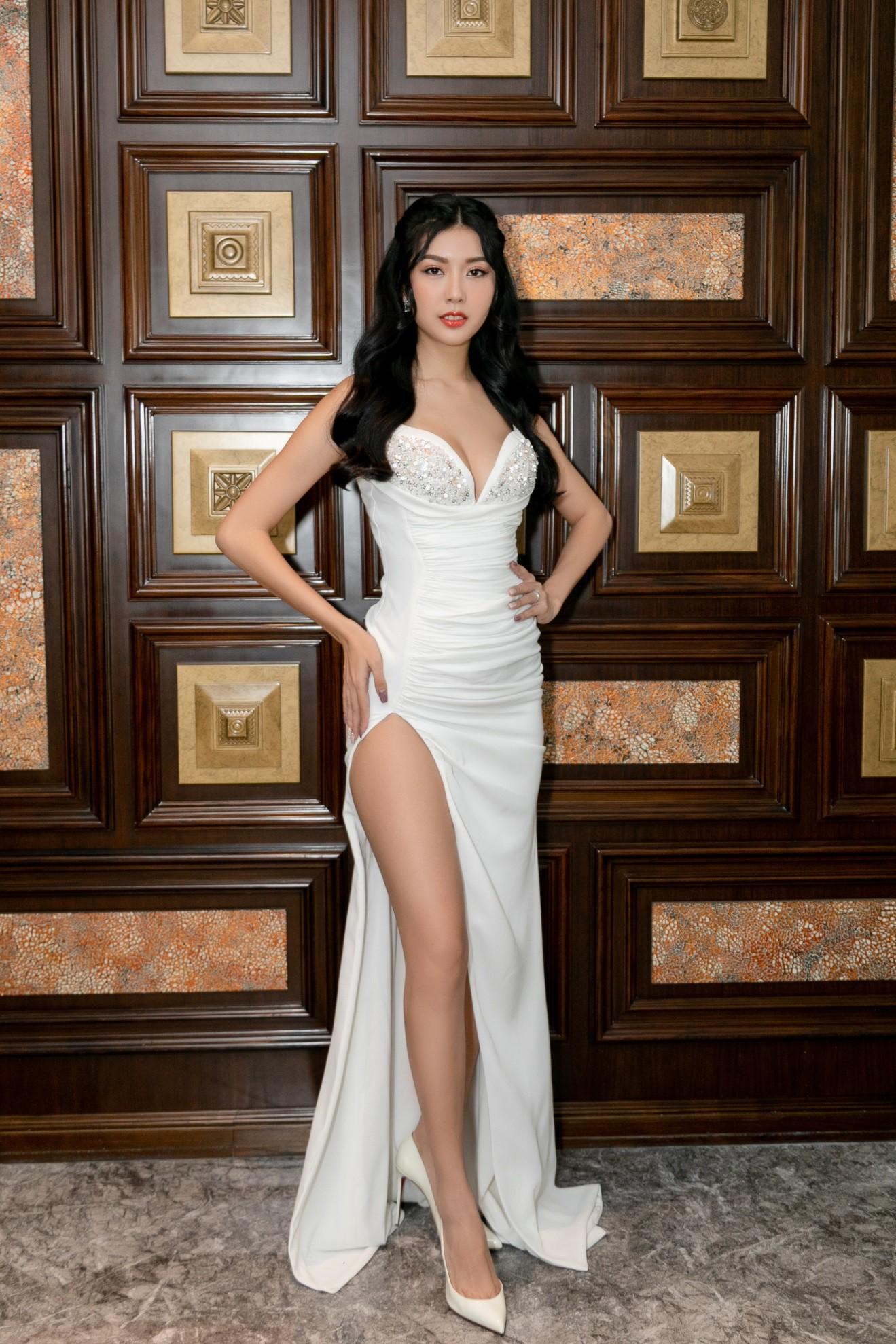 Hariwon, Helly Tống, Sĩ Thanh cùng dàn hoa hậu Việt hào hứng trải nghiệm dòng sản phẩm công nghệ làm đẹp độc đáo - Ảnh 4.