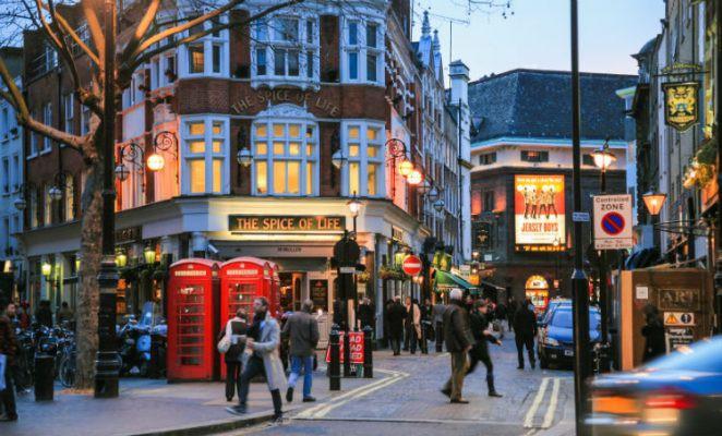 Ngày bé ai cũng từng mơ tới Luân Đôn, và lớn rồi thì thấy nơi đây cũng chẳng xa tầm với - Ảnh 3.