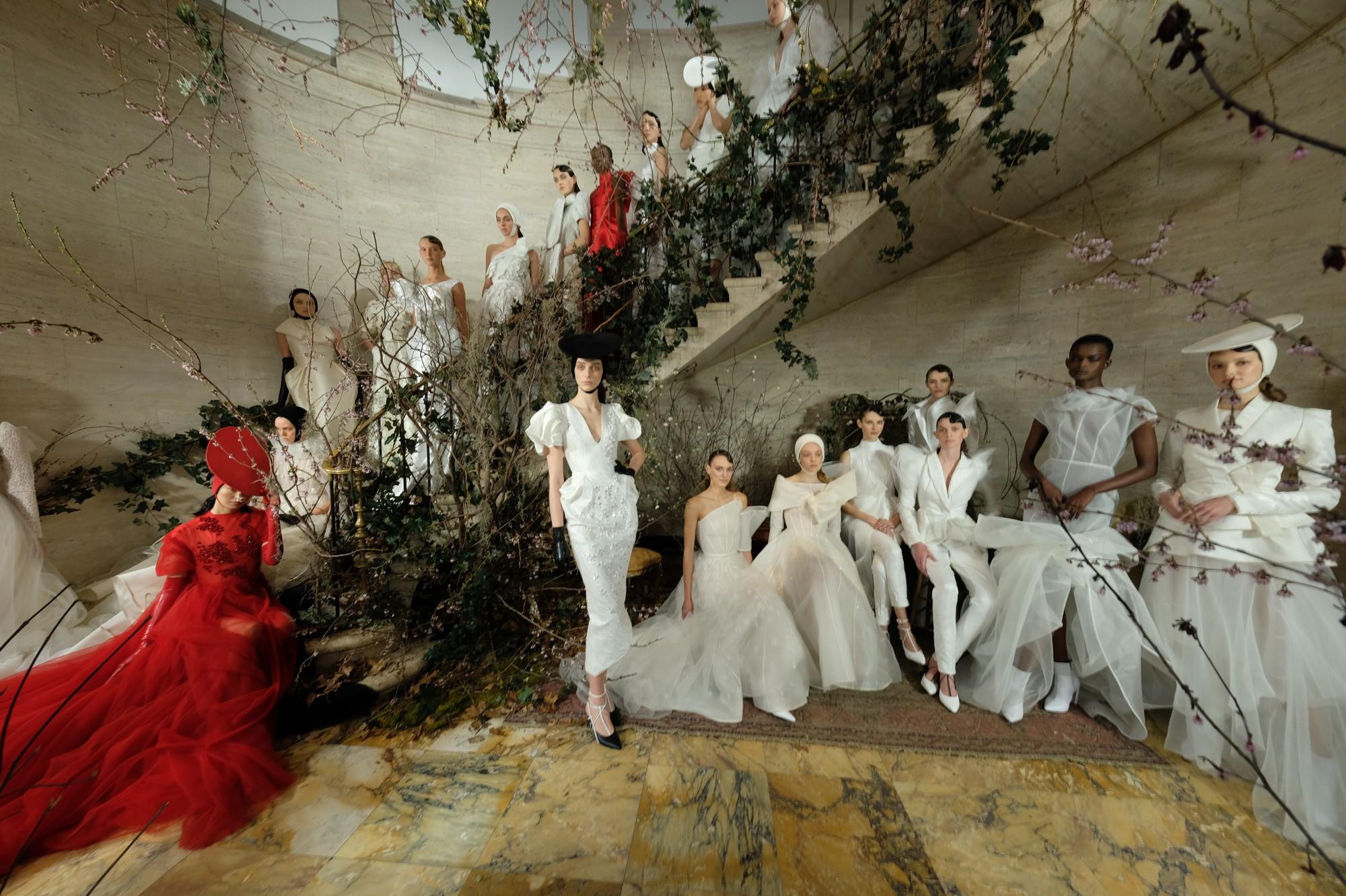 Sau New York, Phuong My lần đầu tiên mang bộ sưu tập cưới triển lãm tại Việt Nam - Ảnh 1.