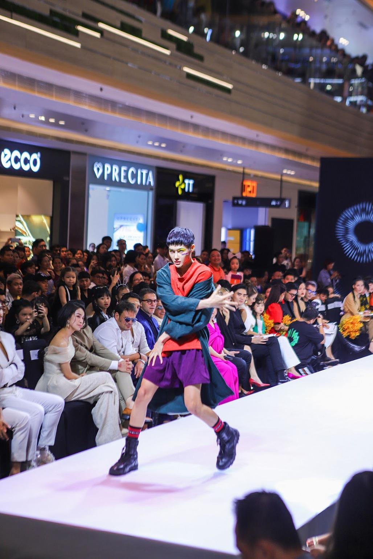 Trò đùa hạ màn, thời trang lão hóa cùng QGC chính thức lộ mặt sau bao sóng gió cho làng mốt Việt Nam - Ảnh 1.