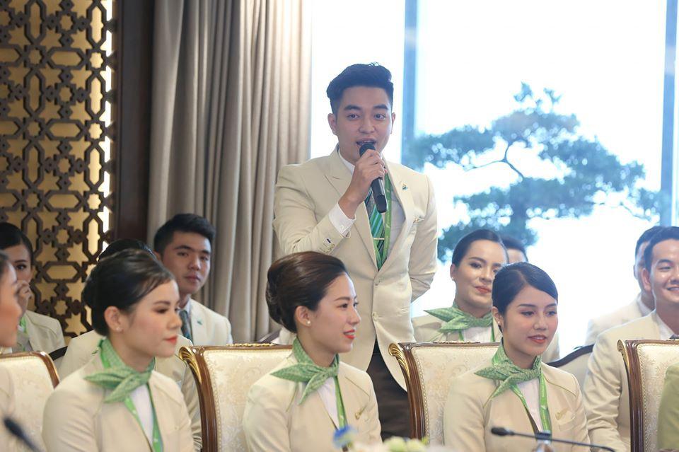 """Ngắm dàn tiếp viên hàng không Bamboo Airways được ông Trịnh Văn Quyết cho """"lên sóng"""" - Ảnh 5."""