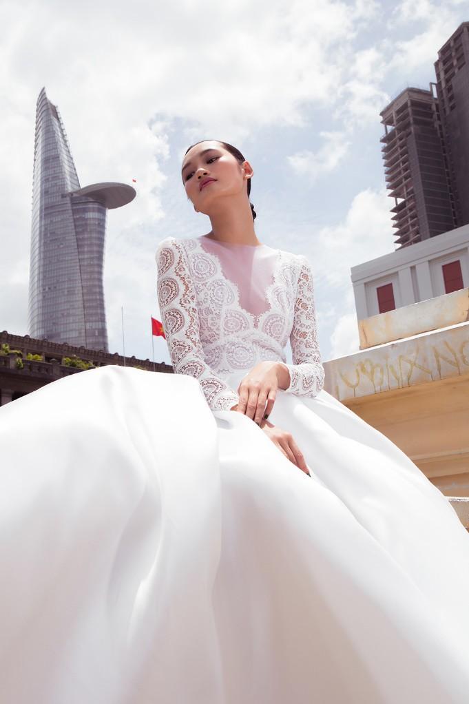 """Nhà thiết kế Lê Thanh Phương kết hợp cùng stylist Huỳnh Ngọc Lợi với bộ sưu tập cưới """"Runaway Bride"""". - Ảnh 6."""