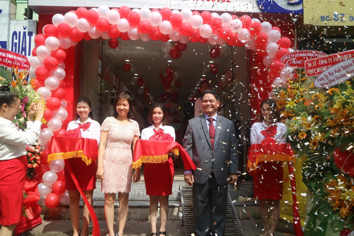 Mắt kính Salenoptic khai trương cửa hàng 65 Nguyễn Văn Thương - Ảnh 3.