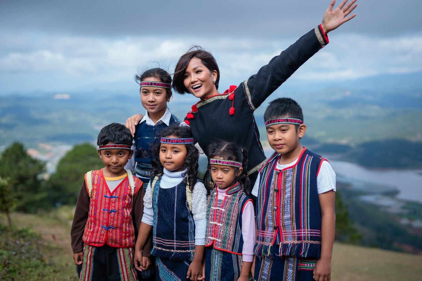 H'Hen Niê tiếp thêm nguồn cảm hứng mới cho du lịch Lâm Đồng - Ảnh 5.