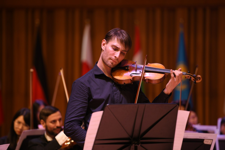 """NSƯT Bùi Công Duy: """"Cuộc thi Âm nhạc Quốc tế cho Violin và Hòa tấu thính phòng như một dấu mốc lịch sử của âm nhạc giao hưởng Việt Nam"""" - Ảnh 2."""