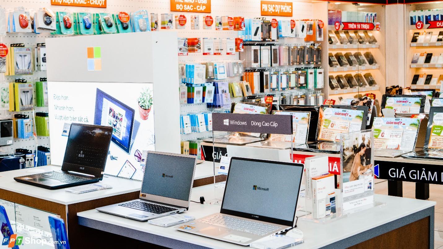 Ghé FPT Shop sắm laptop hiện đại chỉ từ 13,49 triệu - Ảnh 1.
