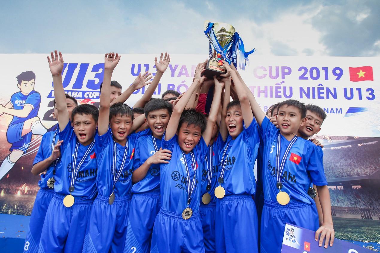 """Người hâm mộ """"phát sốt"""" với những trận đấu nghẹt thở của giải U13 Yamaha Cup 2019 tại Đắk Lắk - Ảnh 5."""