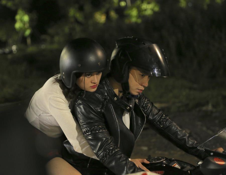 Đạo diễn Trương Chí Bình: Người Lạ Ơi cho tôi nhiều bài học về cách làm phim điện ảnh - Ảnh 1.