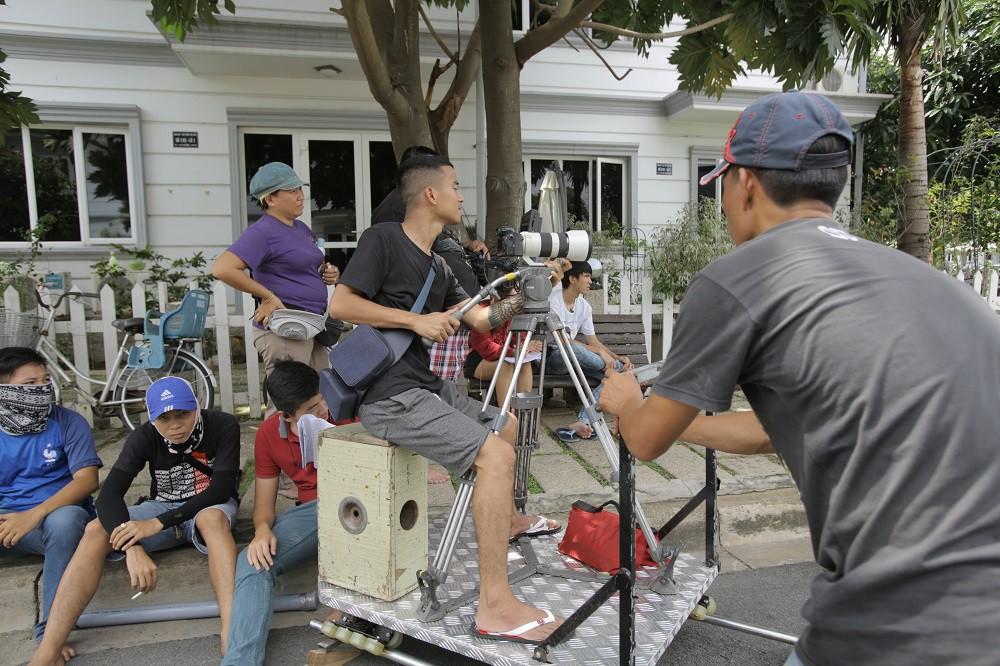 """Đạo diễn FAPTV tiết lộ có một video chưa từng lên sóng và """"xé"""" kịch bản 30 tập phim - Ảnh 6."""