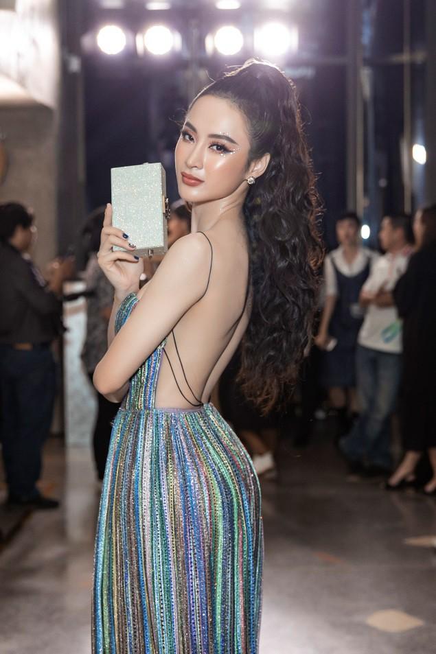 Angela Phương Trinh tái xuất đọ dáng cực chất cùng Min, Sunht - Ảnh 1.