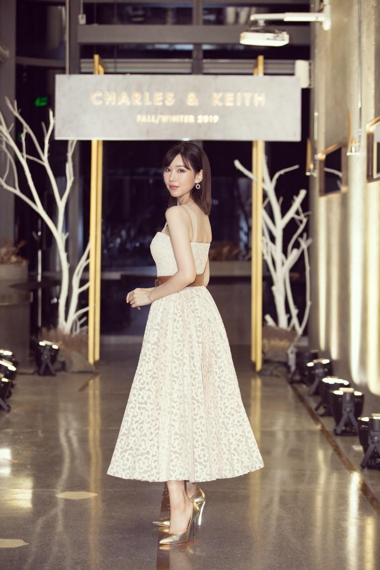 Angela Phương Trinh tái xuất đọ dáng cực chất cùng Min, Sunht - Ảnh 3.