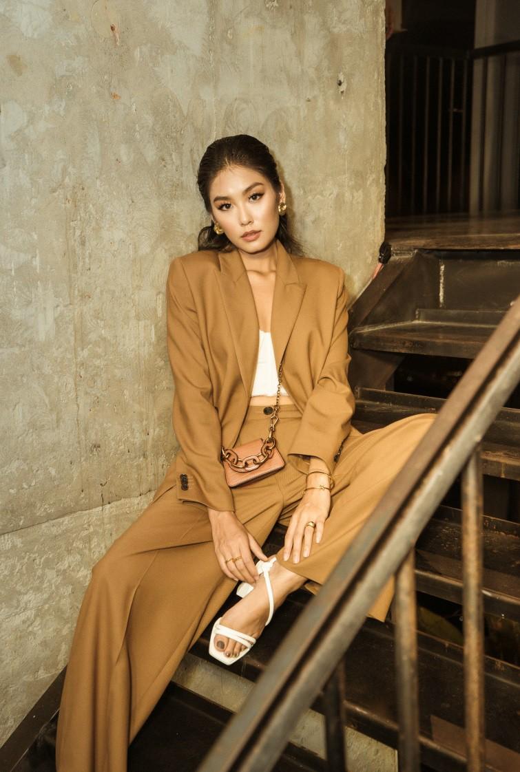 Angela Phương Trinh tái xuất đọ dáng cực chất cùng Min, Sunht - Ảnh 6.
