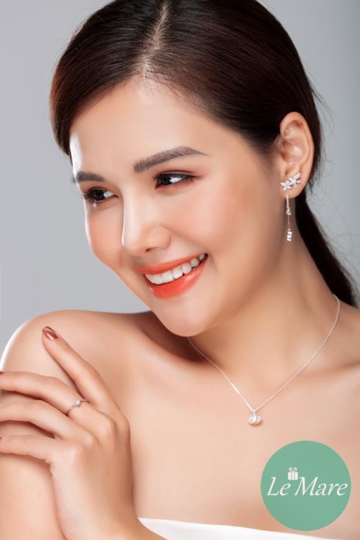 """Phanh Lee """"Ghét thì yêu thôi"""" đẹp thần thái với """"Be Uinique"""" - Ảnh 8."""