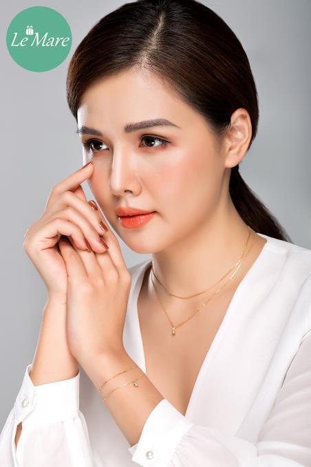 """Phanh Lee """"Ghét thì yêu thôi"""" đẹp thần thái với """"Be Uinique"""" - Ảnh 9."""