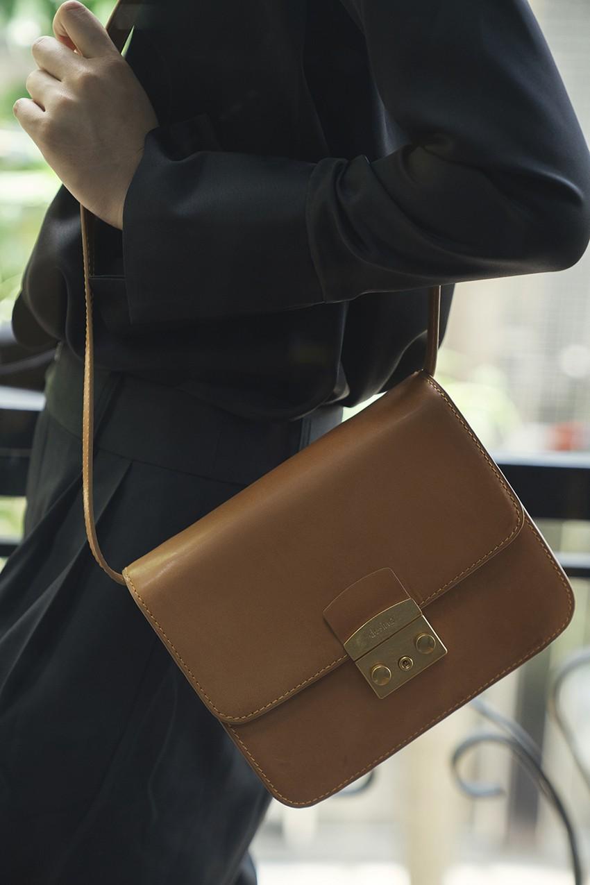 BST túi da Desino Classic 07 - Phong cách thanh lịch cho các cô nàng công sở - Ảnh 4.