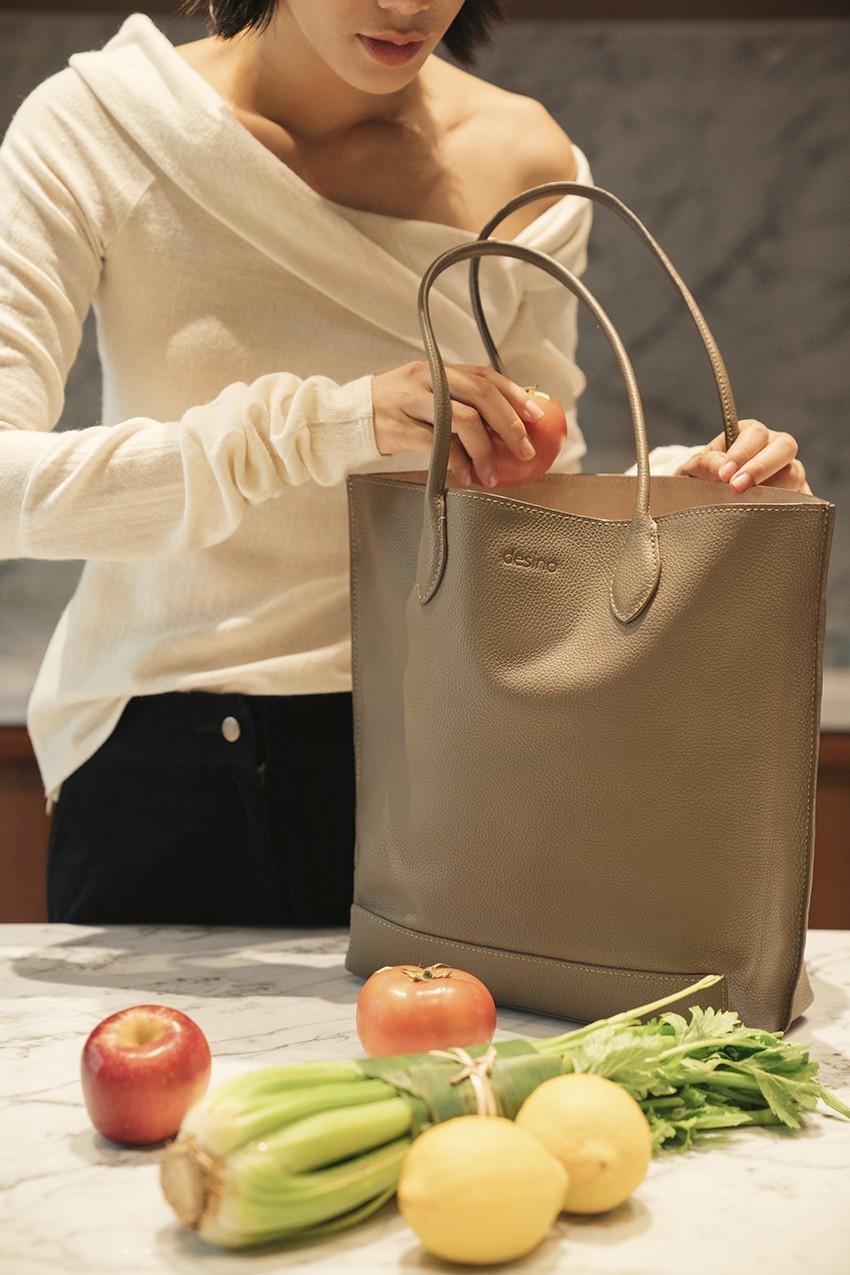 BST túi da Desino Classic 07 - Phong cách thanh lịch cho các cô nàng công sở - Ảnh 10.