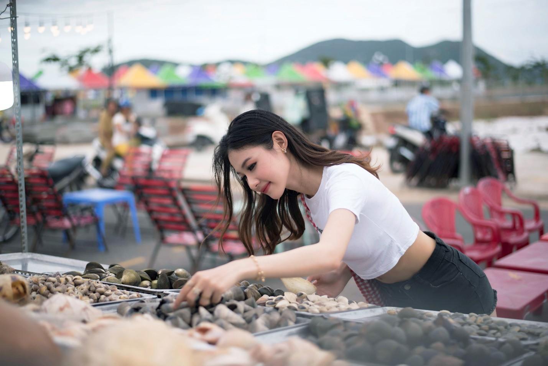 Vừa khai trương, chợ đêm Ha Tien Night Market bất ngờ lọt top điểm đến hấp dẫn phía Nam - Ảnh 3.