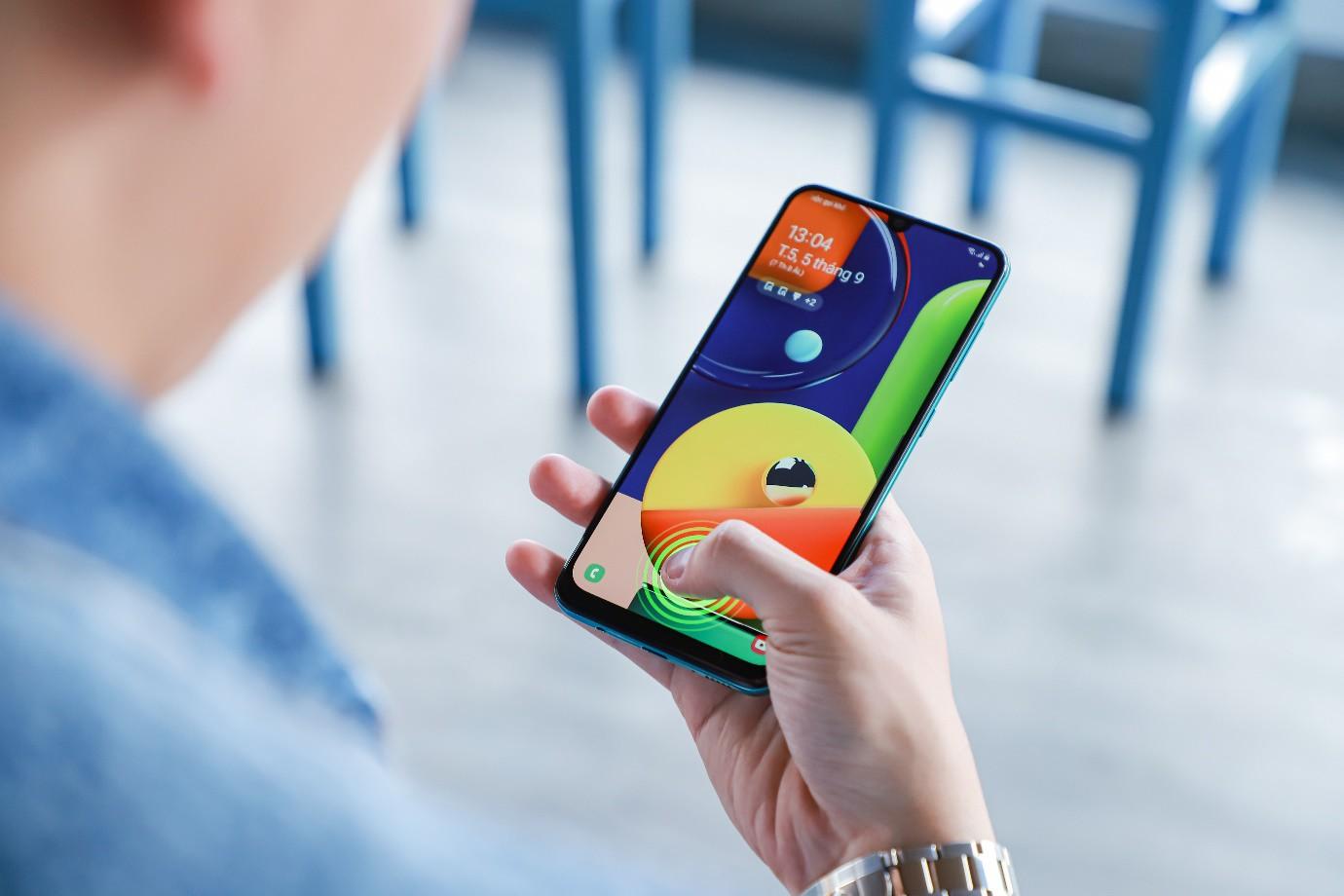 VZN News: Samsung Galaxy A50s: thiết kế mới lạ, camera selfie 32MP - Ảnh 5.