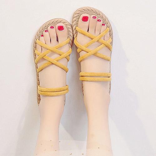 Dự báo 5 mẫu sandal nữ hot 2020, hội chị em không thể ngó lơ - Ảnh 5.