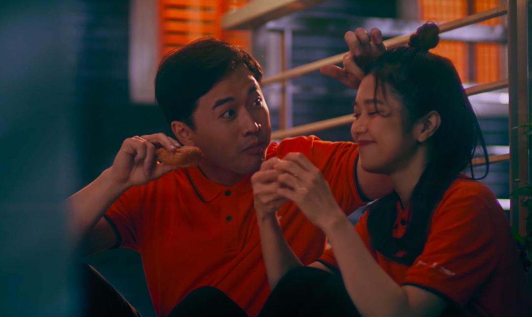Lâu lắm mới có dự án tái xuất, Suni Hạ Linh gây sốt với nhan sắc xinh đẹp như thiên thần trong MV mới - Ảnh 8.